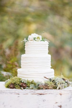 Beautiful wedding cake - Jennifer Fujikawa Photography