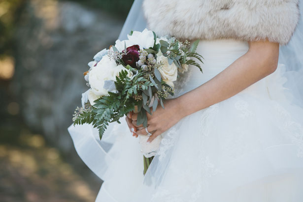 Winter bridal bouquet - OLLI STUDIO