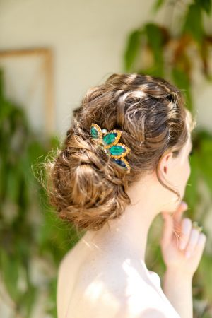 Emerald Green Wedding Hairpiece - Sarah Goodwin Photography