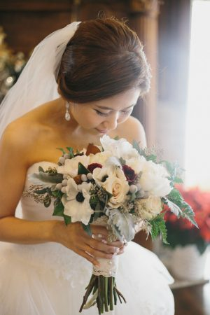 Elegant wedding bouquet - OLLI STUDIO