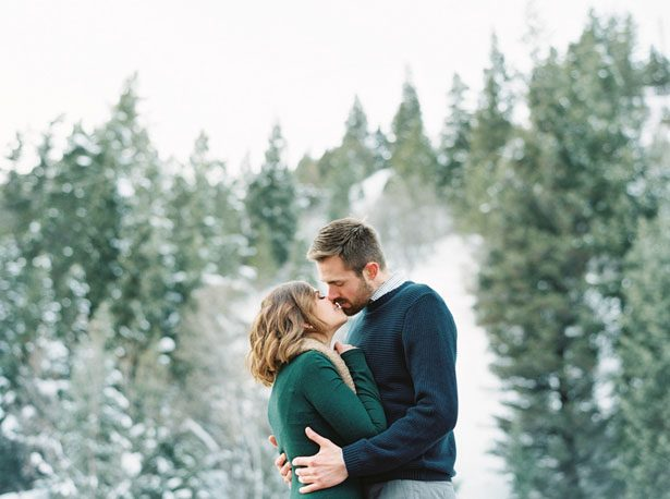 Engagement picture inspiration - Mallory Renee Photography