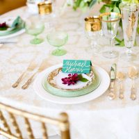 Green wedding place setting - Sarah Goodwin Photography