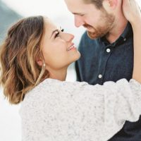 Romantic engagement picture inspiration - Mallory Renee Photography