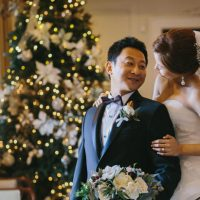 Christmas Inspired wedding picture - OLLI STUDIO