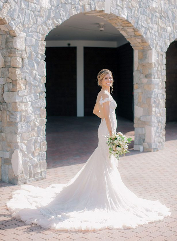 Stylish bride - Clane Gessel Photography