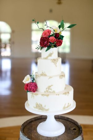 Tall wedding cake - Sarah Goodwin Photography