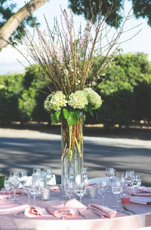 Tall wedding centerpiece - Studio De Jonge