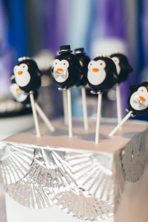 Wedding cake pops - Elvira Kalviste Photography