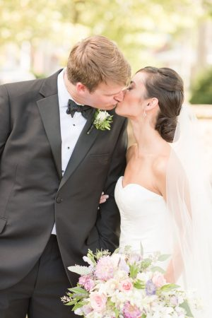 Wedding kiss - Christa Rene Photography