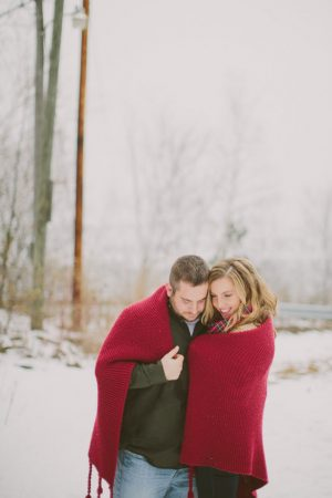 Winter engagement photo ideas - Shaunae Teske Photography