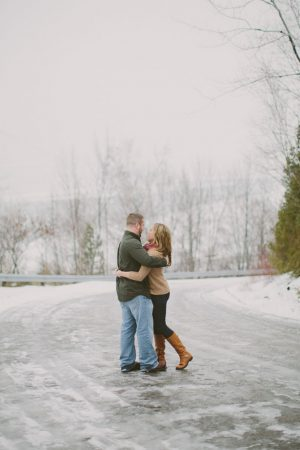 Winter engagement session - Shaunae Teske Photography