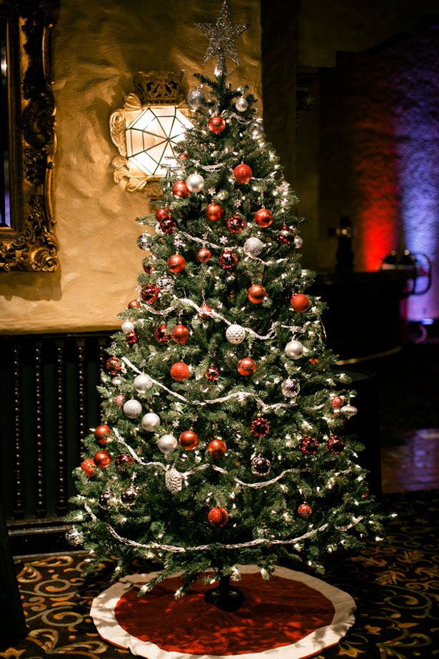 Christmas wedding inspiration - Jennifer Van Elk Photography