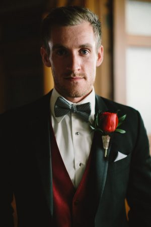 Groom picture - Jennifer Van Elk Photography