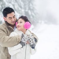 Snowy engagement session - L'Estelle Photography