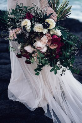 Winter wedding bouquets belle the magazine peppermint photography via the wedding palybook junglespirit Image collections