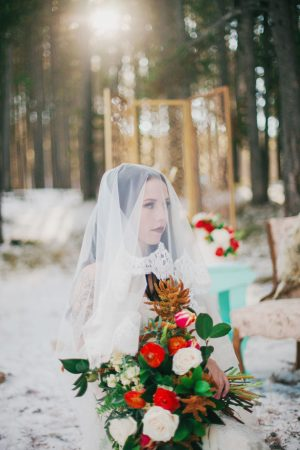 Snowy Wedding Inspiration - Julli Anna photography