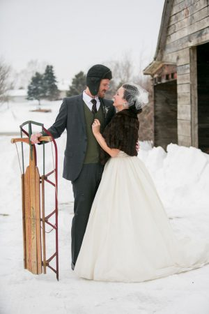 Outdoor wedding photo ideas - Erin Johnson Photography