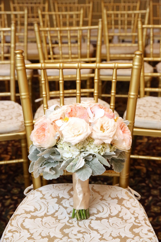 Pink wedding bouquet - BLUE MARTINI PHOTOGRAPHY