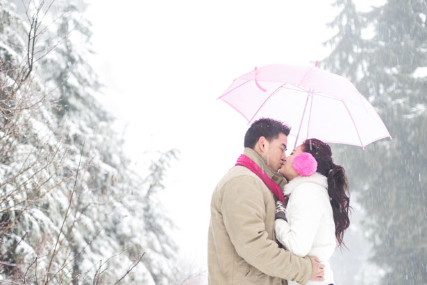 Snow Storm engagement session - L'Estelle Photography