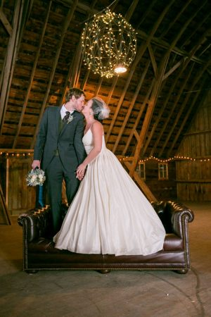 Romantic wedding picture ideas - Erin Johnson Photography