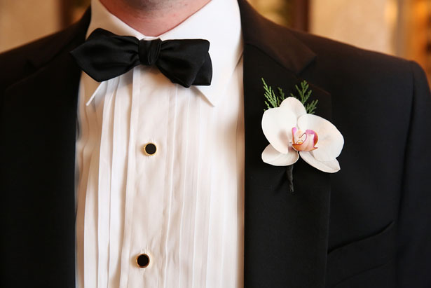 Wedding boutonnier - BLUE MARTINI PHOTOGRAPHY