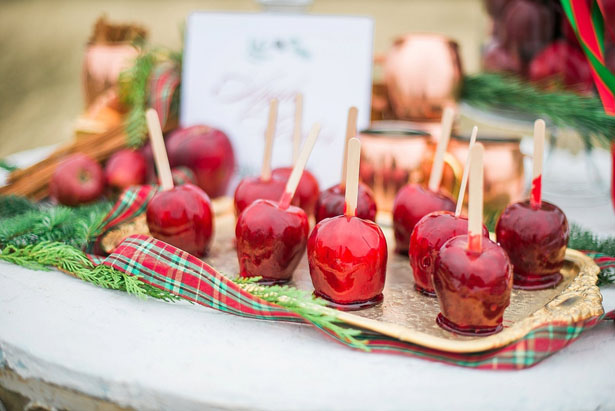 Wedding candy apples - Dani Cowan Photography