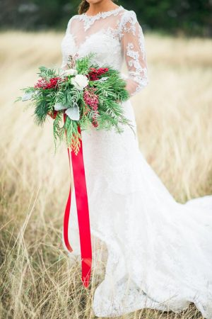 Winter bridal bouquet - Dani Cowan Photography