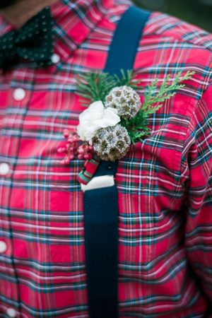 Winter wedding boutonniere - Dani Cowan Photography