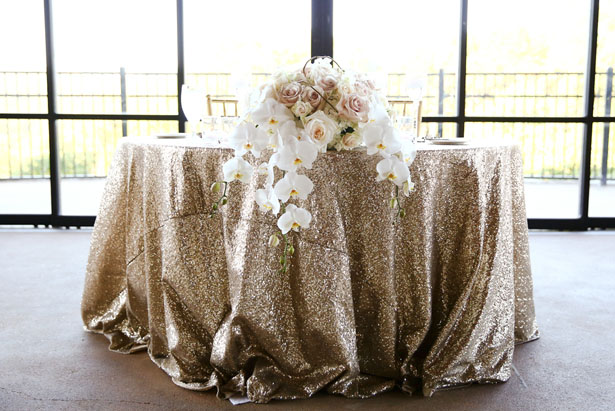 Beautiful sweet heart table - HydeParkPhoto