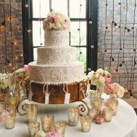 Beautiful wedding cake - Mark Eric Weddings