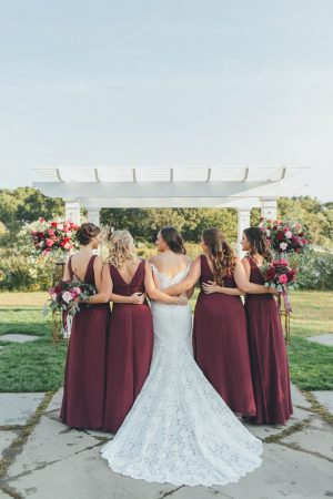 Bridal party picture ideas - OLLI STUDIO