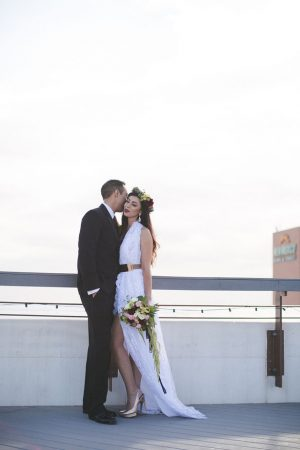Bride and groom outdoor photo - Alicia Lucia Photography