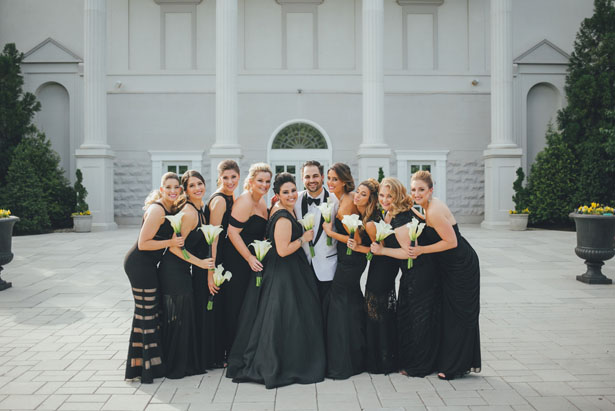Bridesmaids and groom photo - OLLI STUDIO