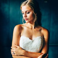 Sophisticated Bride - Derek Halkett Photography