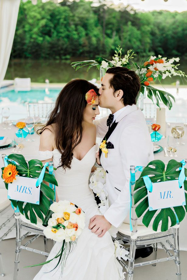 Modern Luxury Poolside Wedding Inspiration with Tropical Flair
