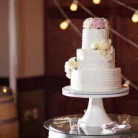 Floral wedding cake - Three16 Photography