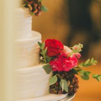 Floral wedding cake - OLLI STUDIO