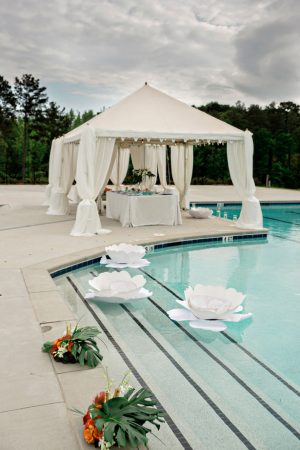 Poolside wedding - Andie Freeman Photography