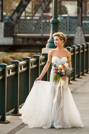 Pretty outdoor bridal picture - Aldabella Photography
