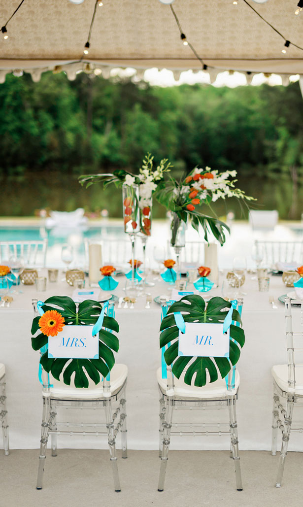 Tropical Sweet heart table - Andie Freeman Photography