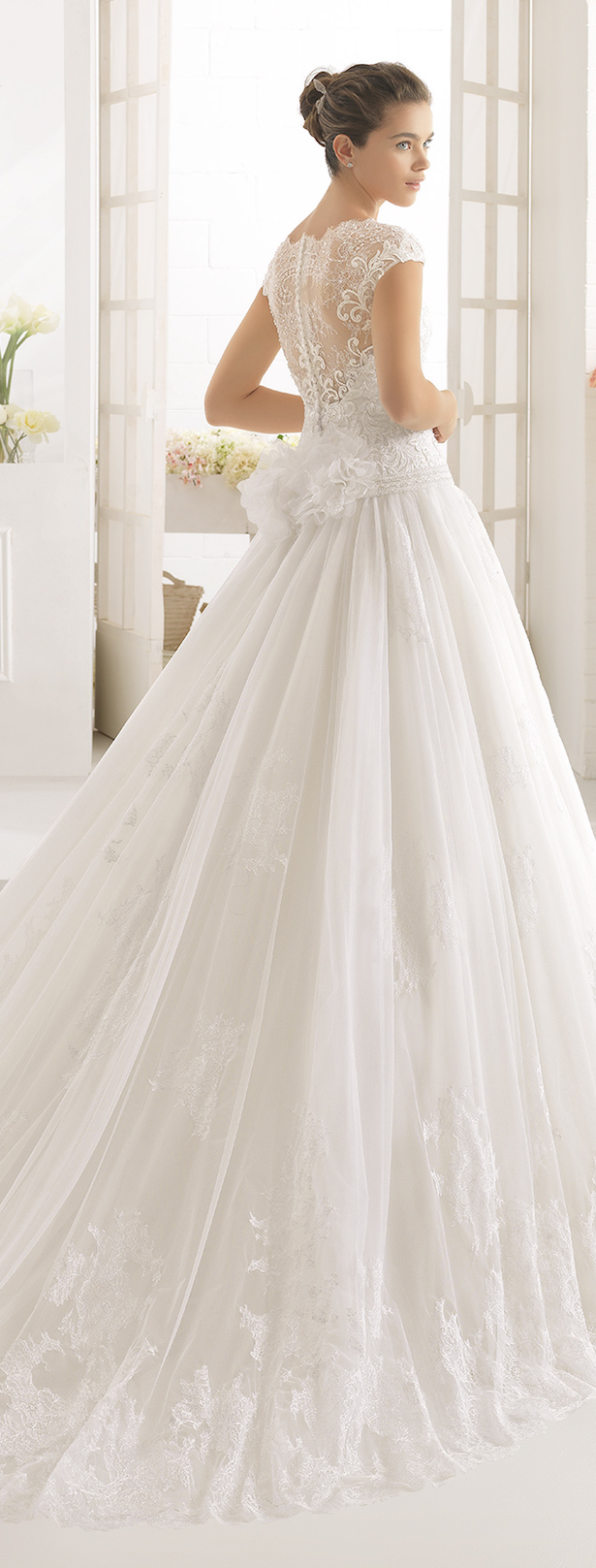 Wedding Dress by Aire Barcelona 2017 Bridal Collection