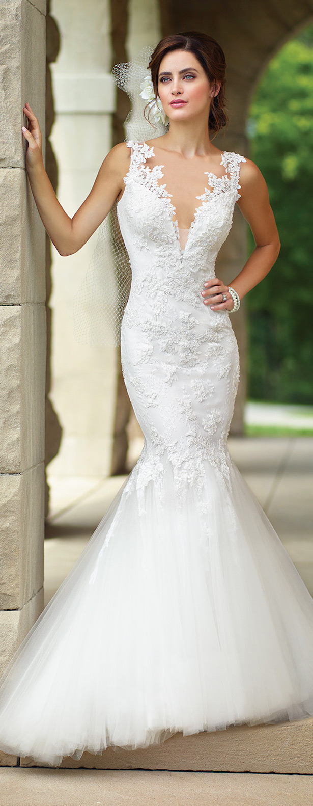 Wedding Dress with Plunging Necklines - Enchanting by Mon Cheri 2017
