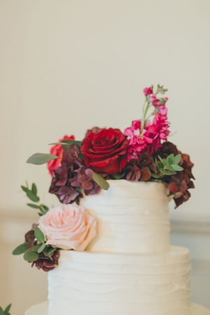 Wedding cake details - OLLI STUDIO