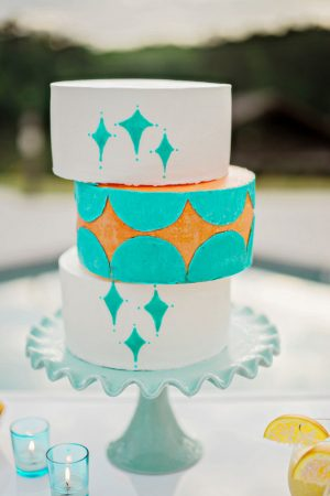 Aqua wedding cake - Andie Freeman Photography