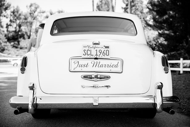 Wedding car - Three16 Photography