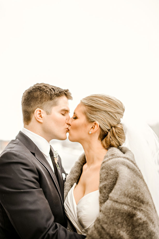 Wedding kiss - Melissa Avey Photography