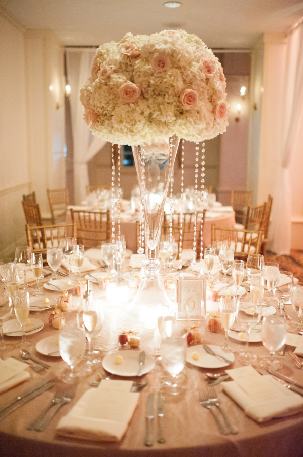 Wedding Centerpiece - Photography: Julie Cate Photography