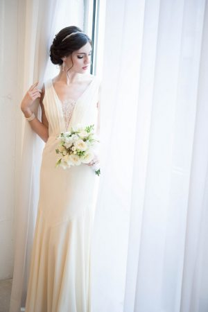 Artdeco inspired wedding dress - Elizabeth Nord Photography