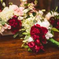 Beautiful wedding flowers - Sam Hurd Photography