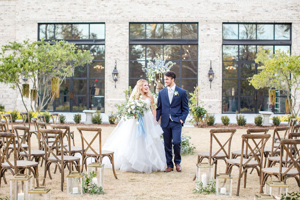 Bride and groom picture - Anna Holcombe Photography